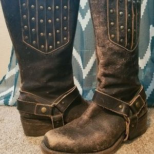 Corral distressed moto boots